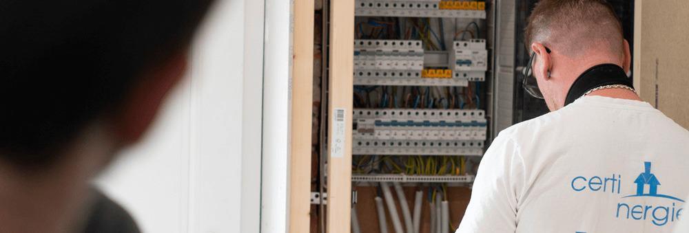 Quand dois-je faire un contrôle de mon installation électrique ? Et de quels documents ai-je besoin ?
