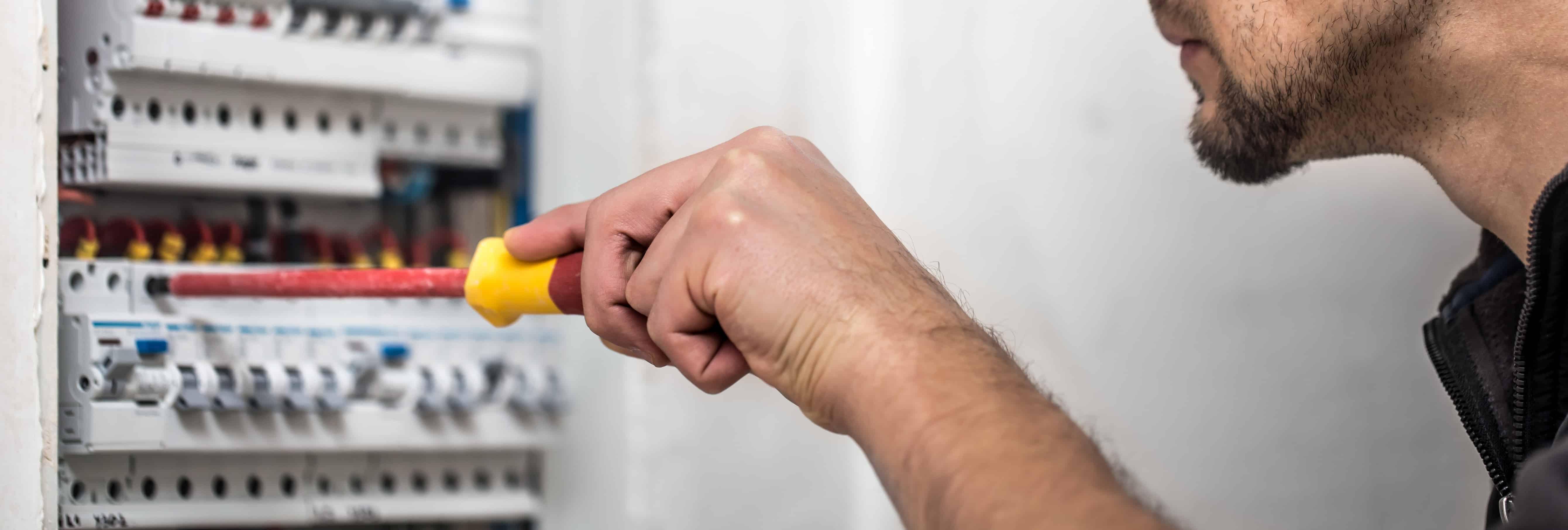 Contrôle électrique lors de la vente : Installation électrique à refaire dans les 12 ou 18 mois ?